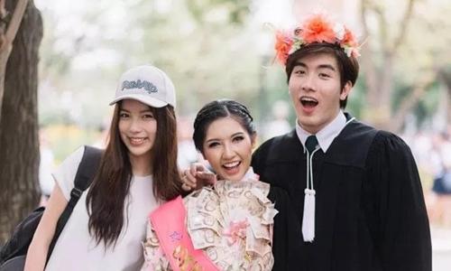 Bất ngờ với những trang phục tốt nghiệp kỳ lạ của các cử nhân đại học nước ngoài - Ảnh 10