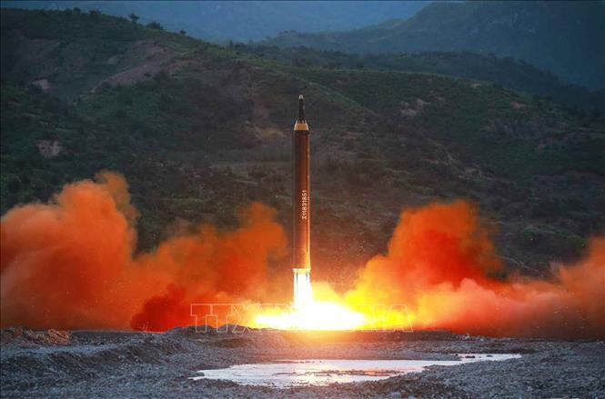 Triều Tiên bị nghi bí mật vận hành 13 cơ sở tên lửa đạn đạo ngầm - Ảnh 1