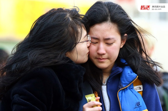 Áp lực nặng nề của của kỳ thi đại học ở Hàn Quốc và những phong tục kỳ quái - Ảnh 6