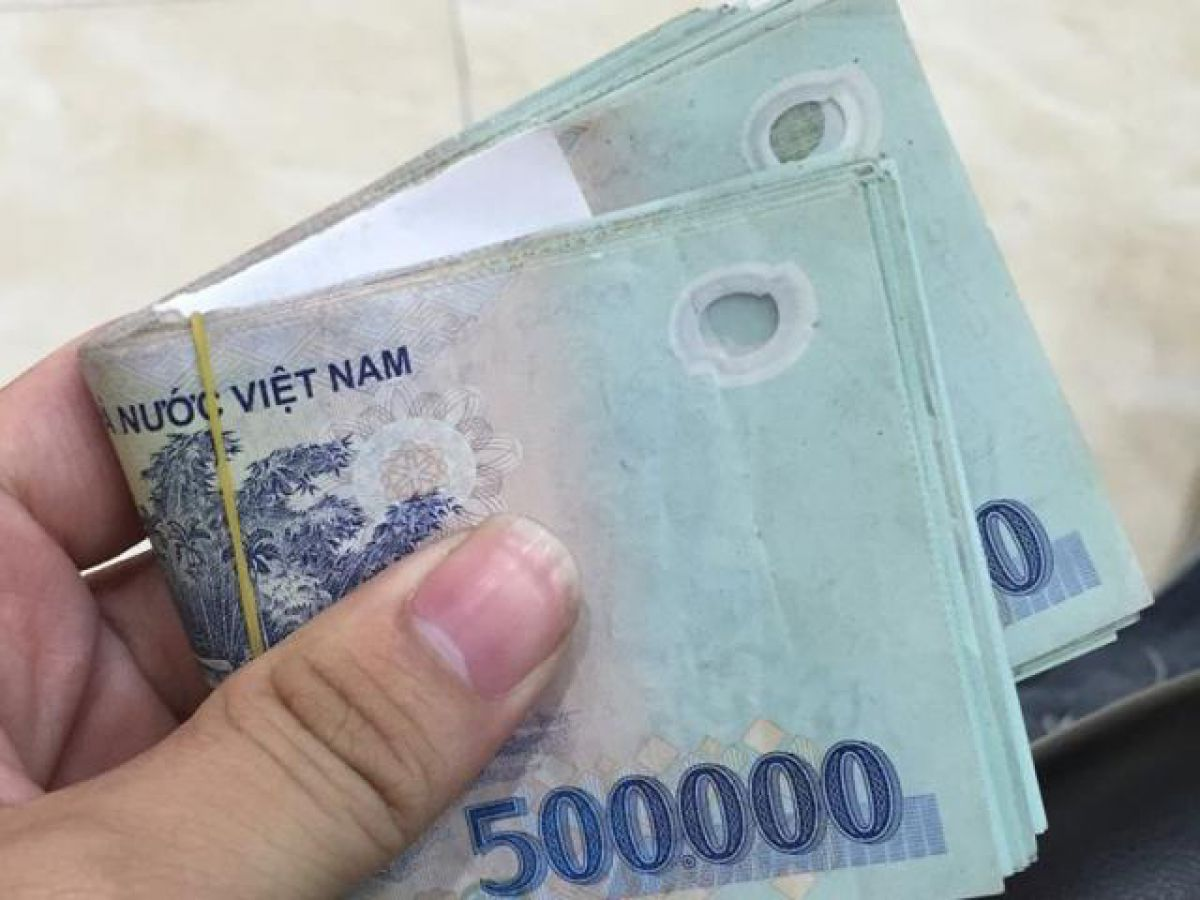 Nghệ An: Thầy giáo trả lại 25 triệu đồng nhặt được trong ngày 20/11 - Ảnh 2