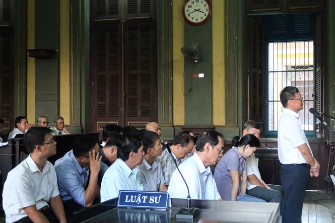Bị tuyên phạt 13 năm tù, cựu Chủ tịch Ngân hàng MHB Huỳnh Nam Dũng kháng cáo - Ảnh 1