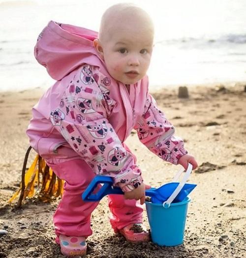Mẹ phát hiện con gái nhỏ bị ung thư qua bức ảnh bố chụp có chi tiết lạ nhưng dễ bị bỏ qua - Ảnh 5