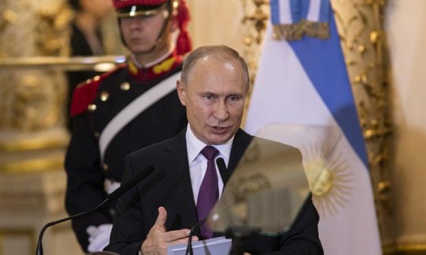 Ông Putin khẳng định không thả người, 24 thủy thủ Ukraine đối mặt với bản án 6 năm tù - Ảnh 1