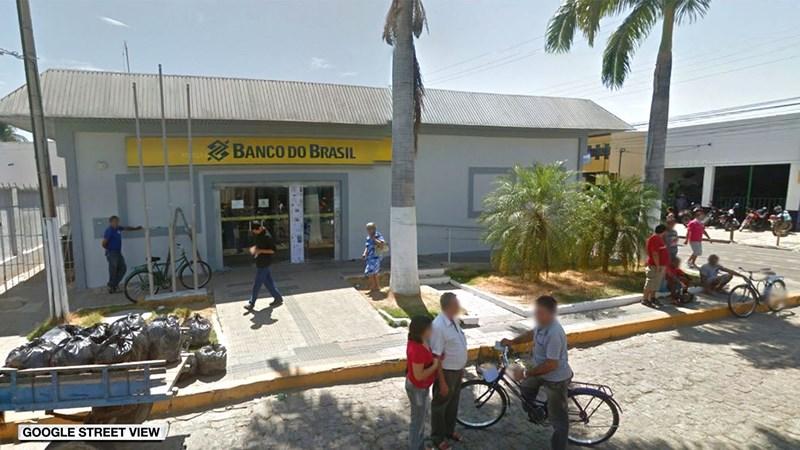12 người chết trong vụ băng cướp ngân hàng đấu súng đẫm máu với cảnh sát Brazil - Ảnh 2