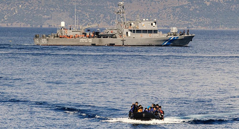 Lo ngại lép vế trước Thổ Nhĩ Kỳ, Hy Lạp kêu gọi dân góp tiền mua tàu chiến - Ảnh 1
