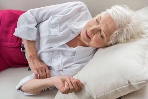 9 cách giúp bạn tự chữa chứng đau vai cổ - Ảnh 2