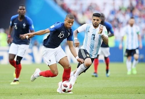 Đâu là nguyên nhân khiến Pháp đẩy Argentina ra khỏi World Cup 2018? - Ảnh 1