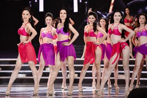 Ngắm vẻ đẹp hình thể của Top 25 Hoa hậu Việt Nam trong màn trình diễn bikini  - Ảnh 1
