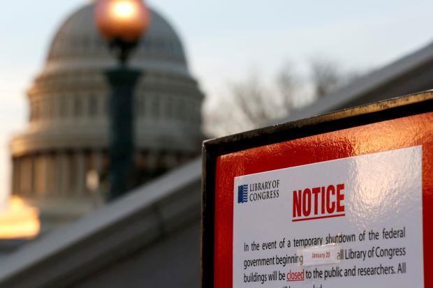 Đóng cửa chính phủ lâu nhất trong lịch sử, Mỹ đối mặt với thiệt hại lớn thế nào? - Ảnh 1