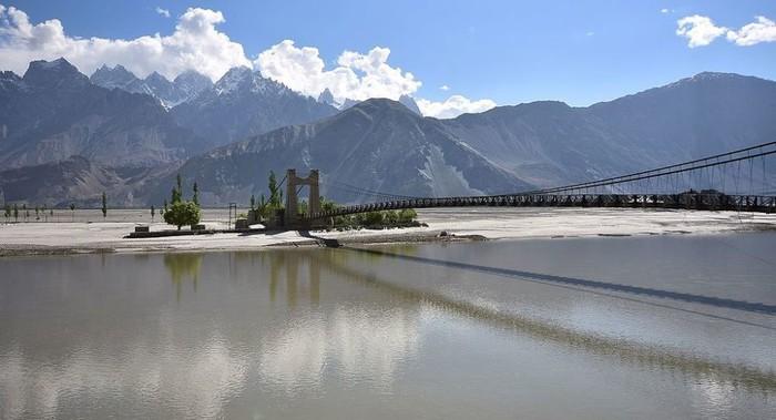 Ấn Độ: Mở cầu chiến lược gần biên giới với Trung Quốc - Ảnh 1