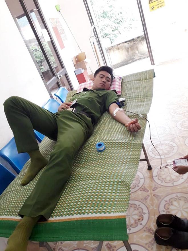 Thiếu úy công an huyện hiến máu cứu sản phụ đẻ khó ở Cao Bằng - Ảnh 1