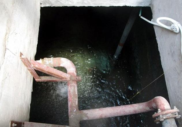 Nguy cơ chết người khi thay bể nước ngầm - Ảnh 1