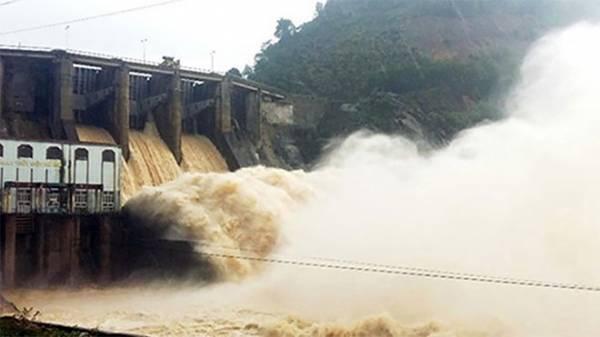 Bão số 6 suy yếu thành áp thấp nhiệt đới, mưa lớn ở nhiều nơi - Ảnh 2