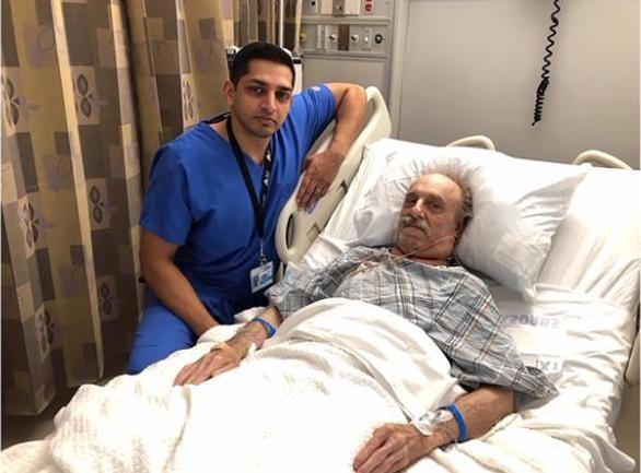 Cụ ông U90 suýt chết vì đeo khối u to bằng quả bóng trên cổ - Ảnh 2