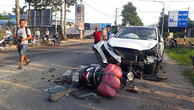 Bị kéo lê dưới gần xe ben, một người tử vong sau tai nạn liên hoàn - Ảnh 1