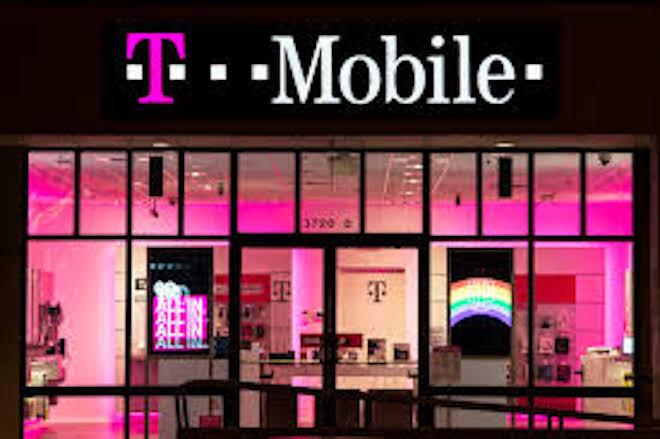 Bị tin tặc theo dõi, T-Mobile lại để mất thông tin khách hàng quan trọng - Ảnh 1