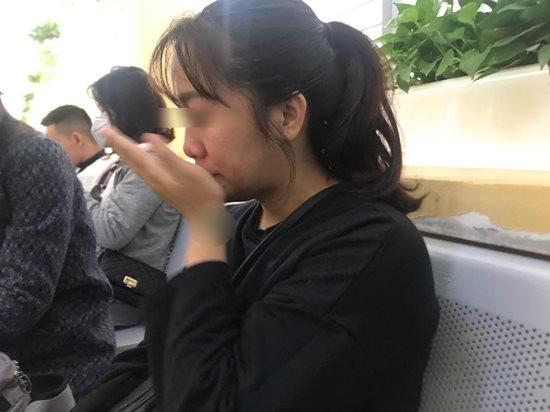 Mẹ đơn thân 9X cùng con nhỏ lang bạt nơi gầm cầu lên mạng xin bỉm sữa - Ảnh 2