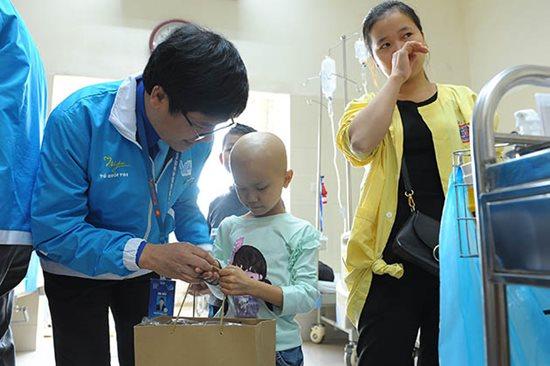 Những nụ cười ở Bệnh viện K Tân Triều - Ảnh 2