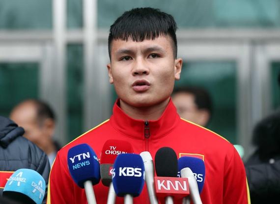 """Quang Hải biết ơn thầy Park đã """"nâng tầm cầu thủ Việt Nam"""" - Ảnh 1"""