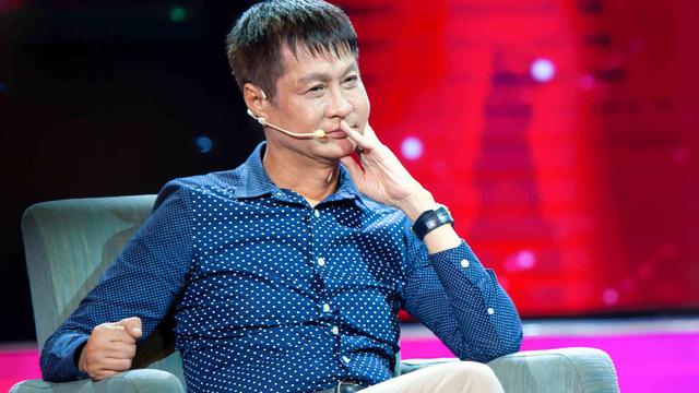 """Nói """"Ngoại tình là một thứ hấp dẫn nhất trên đời"""" đạo diễn Lê Hoàng bị các quý ông phản đối kịch liệt - Ảnh 1"""