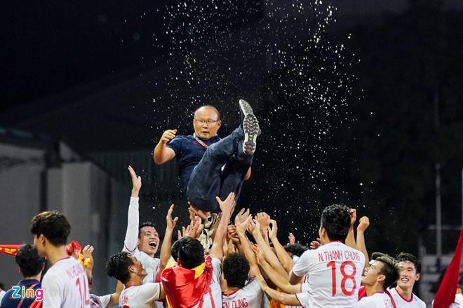 """Bóng đá Việt Nam sẽ góp mặt trong những """"cuộc đua khốc liệt"""" nào trong năm 2020? - Ảnh 1"""