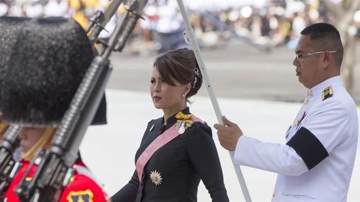 """Kế hoạch tranh cử thủ tướng của Công chúa Thái Lan chính thức """"đổ bể"""" - Ảnh 2"""