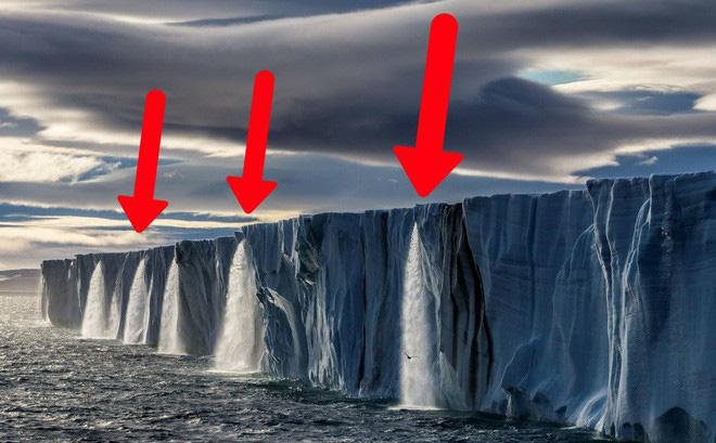 Phát hiện lỗ hổng chứa 14 tỷ tấn băng dưới đáy sông ở Nam Cực - Ảnh 1