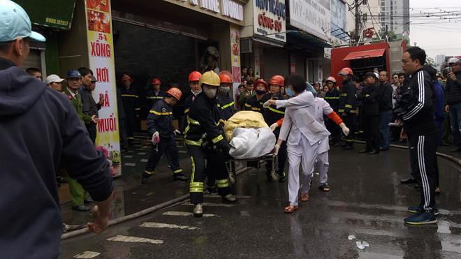 Cháy khách sạn ở Hải Phòng: Nữ nhân viên massage thiệt mạng vì lên tầng báo động - Ảnh 1