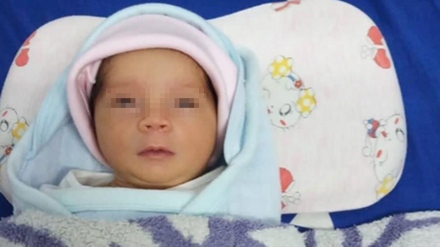 Nhận nuôi bé gái bị bỏ rơi và cuộc tranh cãi pháp lý với người mẹ vô tâm - Ảnh 2