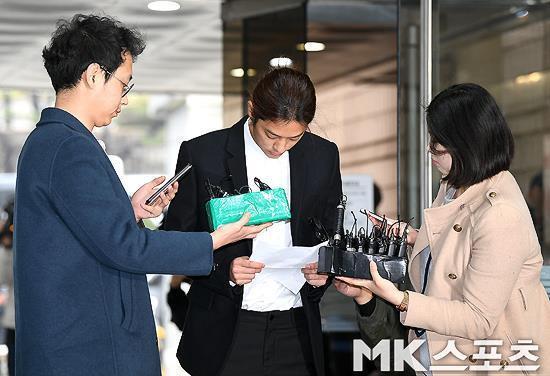 Bê bối tình dục của làng giải trí Hàn Quốc: Jung Joon Young phải vào trại giam - Ảnh 1