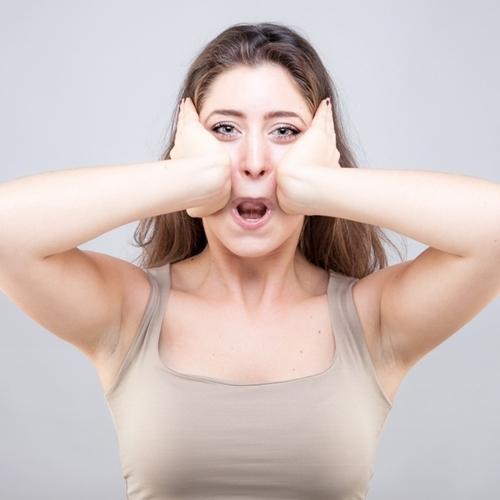 9 bài tập cơ khiến gương mặt của bạn trở nên thon thả, trẻ hóa làn da đẩy lùi nếp nhăn - Ảnh 6