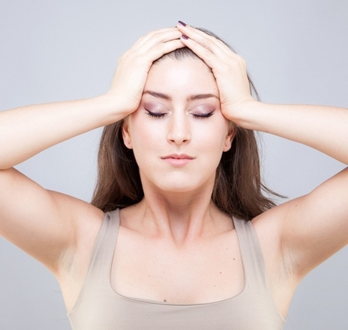 9 bài tập cơ khiến gương mặt của bạn trở nên thon thả, trẻ hóa làn da đẩy lùi nếp nhăn - Ảnh 8