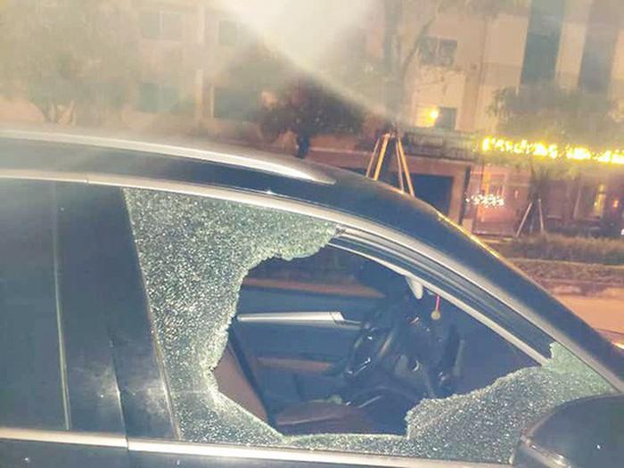 Công an điều tra vụ đập vỡ cửa kính ô tô trộm 600 triệu đồng ở Đà Nẵng - Ảnh 3