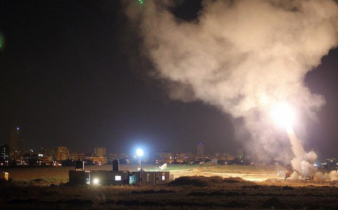 Không quân Israel không kích Gaza suốt đêm để trả đũa - Ảnh 1