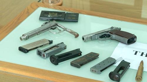 """Bắt giữ """"đại ca"""" cầm đầu nhóm trộm cắp nổ súng vào công an khi bị phát hiện - Ảnh 3"""