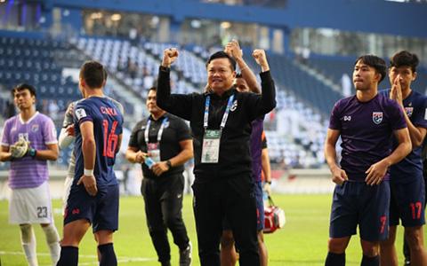 HLV Thái Lan: Sẽ đánh bại mọi đối thủ để vô địch King's Cup - Ảnh 1