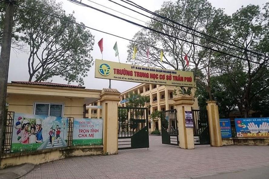 Bộ GD&ĐT chỉ đạo báo cáo vụ thầy giáo bị tố dâm ô nam sinh - Ảnh 1