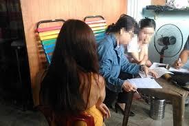 Đồng Nai: Cô gái bị kẻ môi giới trên mạng lừa bán vào quán cà phê kích dục - Ảnh 1
