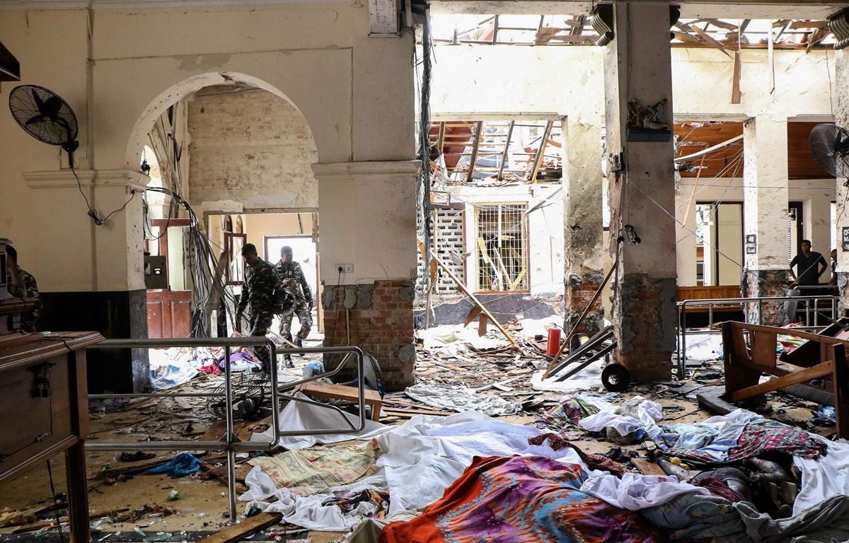 Không ngăn chặn được các vụ đánh bom, Bộ trưởng Quốc phòng Sri Lanka gửi đơn từ chức - Ảnh 1