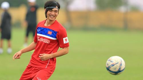 """Bất ngờ với gia thế """"khủng"""" của một số cầu thủ Việt Nam - Ảnh 3"""