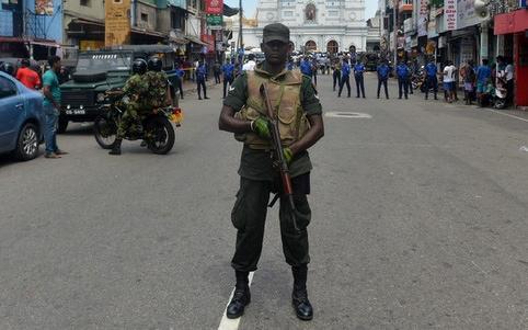 Sri Lanka: 15 người thiệt mạng khi cảnh sát truy quét phần tử khủng bố - Ảnh 1