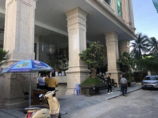 """PV Báo Pháp Luật TP HCM bị đương sự """"vụ kiện trăm tỉ"""" đe dọa giết cả nhà - Ảnh 2"""