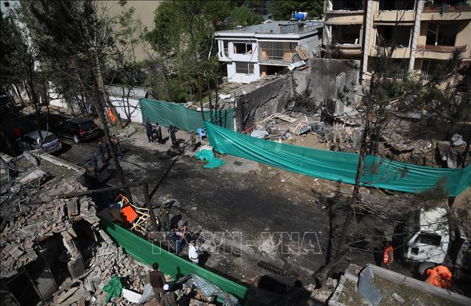 IS nhận trách nhiệm vụ đánh bom trung tâm huấn luyện quân sự ở Afghanistan - Ảnh 1