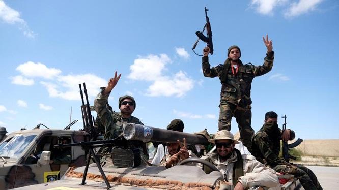 Tình hình Lybia: Quân đội quốc gia chuẩn bị bao vây Tripoli - Ảnh 1