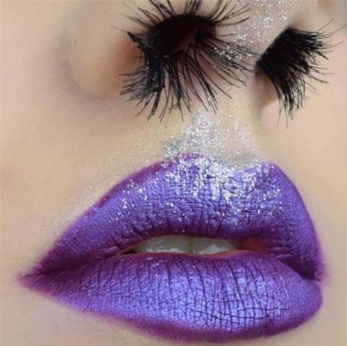 Lạ: Trào lưu làm đẹp bằng... lông mũi của các thiếu nữ trên mạng - Ảnh 4