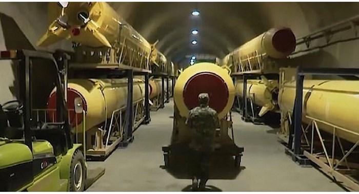 Iran công bố hầm sản xuất tên lửa dưới lòng đất giữa lúc căng thẳng với Mỹ leo thang - Ảnh 1