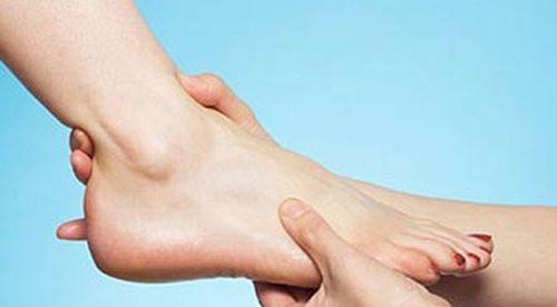 Có những dấu hiệu này ở chân chứng tỏ bạn đang mắc bệnh nguy hiểm - Ảnh 3
