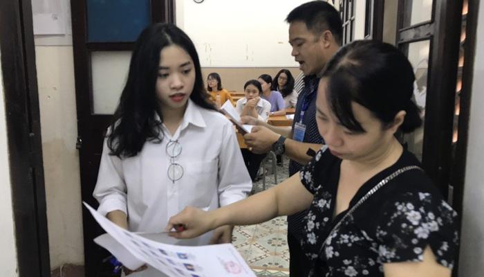 52 thí sinh bị xử lý vi phạm kỷ luật sau 2 ngày thi THPT quốc gia - Ảnh 1