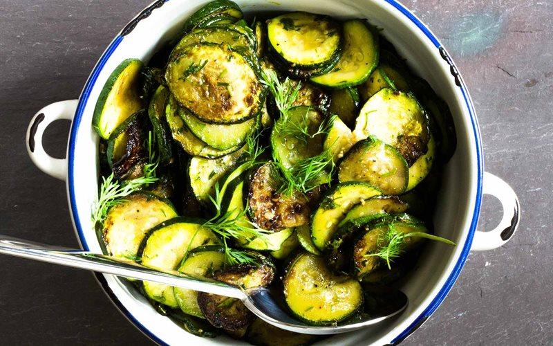 Sự thật về tin đồn ăn rau cải thảo sống dễ bị ngộ độc, gây ung thư - Ảnh 4
