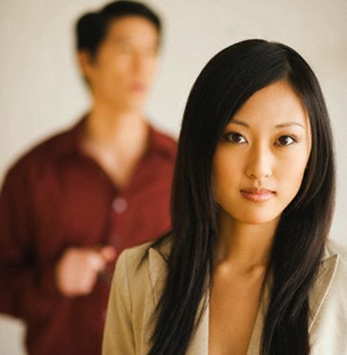 Bị chồng phản bội, vợ không đánh ghen mà lẳng lặng hành động khiến chị em nể phục - Ảnh 1